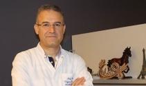 Prof. Dr. Seyfeli: 'Sıcaklarda kalp hastalarının ilaç dozları düzenlenmeli'