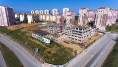 İlkadım Belediyesinin yeni hizmet binasının inşaatı hızla yükseliyor
