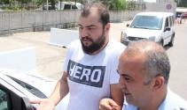 Hero yazılı tişörtle sınava girdi gözaltına alındı