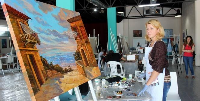 6 ülkeden 26 ressam hayallerini Tekirdağ'da tuvallere döküyor