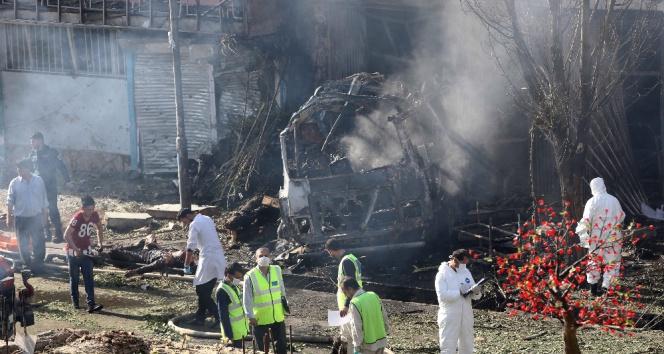 Afganistanda bombalı saldırı: 35 ölü