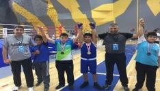 Yalovalı boksörler Artvinden 3 madalya ile döndü