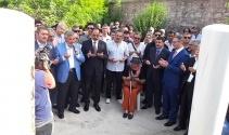 Tarih bilimci Halil İnalcık vefatının birinci senesinde mezarı başında anıldı