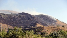 Anız yangınına helikopterli müdahale