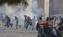 İsrail polisi, Mescid-i Aksada Filistinlilere müdahale etti