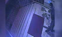 Kamerayı gören hırsız şaşkına döndü