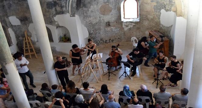 Ayastefanos Kilisesi'nde klasik müzik konseri