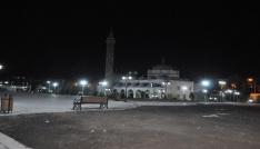 Harakani Türbesi ve Evliya Cami ışıklandırıldı
