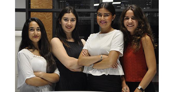 Öğrenciler staj ve uygulamalı eğitimle idealist profesyonellere dönüşüyor