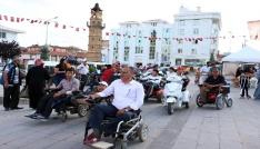 Yozgatta engelliler akülü araçlarıyla yarıştı