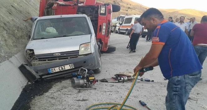 Tunceli'de trafik kazası:2 yaralı