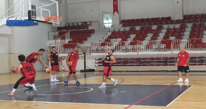 Yalova Group Belediyespor sezonu açtı