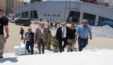 Vali Toprak, spor kompleksini ziyaret etti
