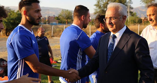 Başkan Başsoy, Anagold 24 Erzincan spora başarılar diledi