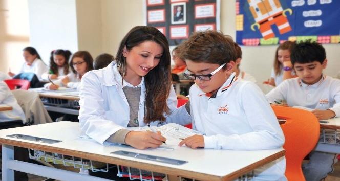 Yalnızca öğrenciler değil öğretmenler de eğitim alıyor