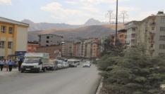 Hakkaride yollar asfaltlandı sürücüler hız limitini aştı