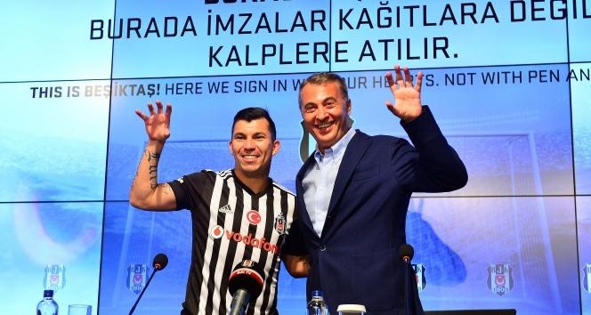 Medel, resmen Beşiktaşta