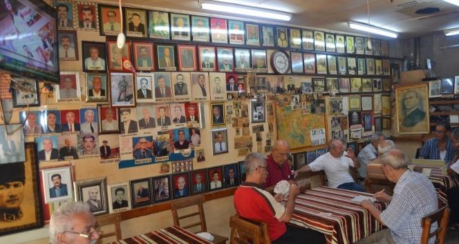 Fotoğrafçı dükkanı değil kahvehane