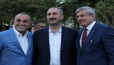 Bakan Gül Edirnede nişan törenine katıldı
