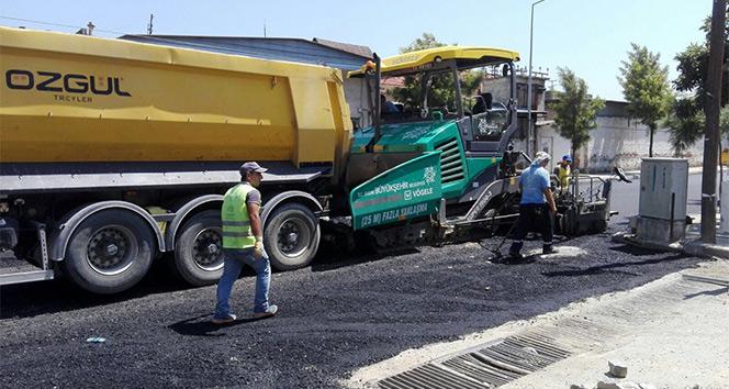 Aydın Büyükşehir asfalt çalışmalarını Sökede sürdürüyor