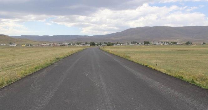 Selim Akçakele arası 17 kilometre sıcak asfalt oldu