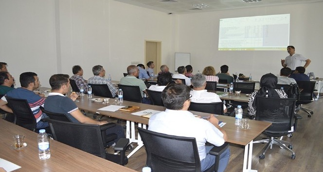 DAP'tan uygulayıcı kuruluşlara, 'Güneş Enerjili Hayvan İçme Suyu Tesisi Projelendirilme' eğitimi verildi