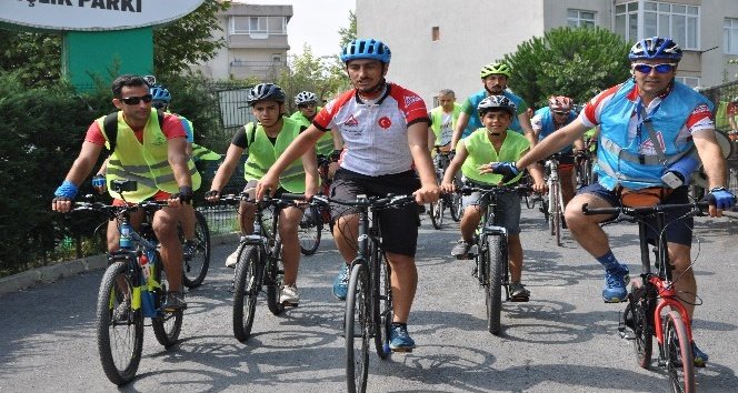 Gaziosmanpaşa'da sağlık için 15 kilometre bisiklet sürüldü