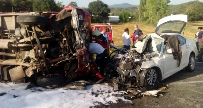 Sakaryada katliam gibi kaza: 1 ölü, 9 yaralı