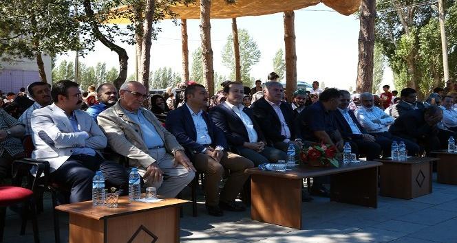 Bayburt Valisi Pehlivan, Oruçbeyli Kuran Kursu Hafızlık İcazet Törenine katıldı