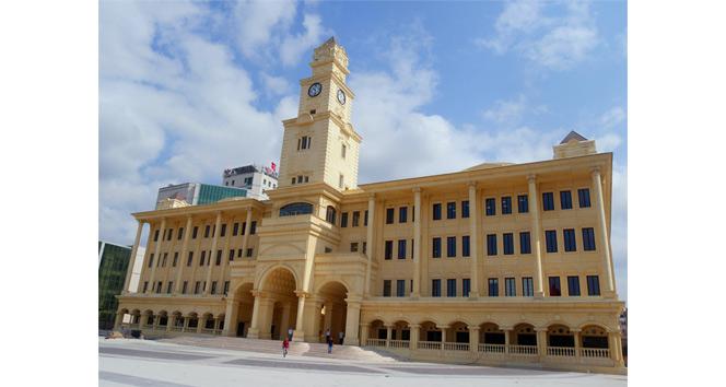 Büyükçekmece Belediyesi yeni binasında hizmet vermeye başladı