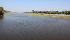 Meriç Nehrinin debisi dibe düştü