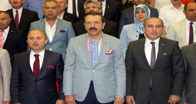 """TOBB Başkanı Hisarcıklıoğlu: """"Avrupa'da satılan her 4 televizyondan bir tanesini biz üretiyoruz"""""""