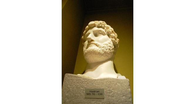 Roma'nın görkemli imparatorları Burdur'da mahzun kaldı