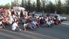Vatandaşlar organize sanayi bölgesi yolunu trafiğe kapattı