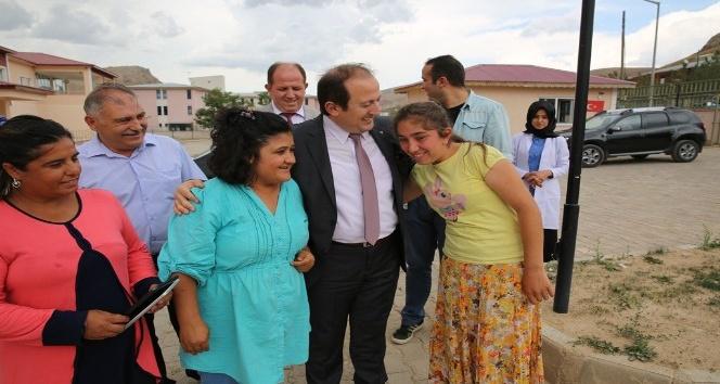 Vali Pehlivan, Engelsiz Yaşam Merkezini ziyaret etti