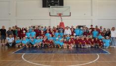 Dinar Belediyesinden, yaz spor okulu öğrencilerine büyük jest