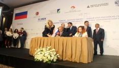 Türkiye-Rusya İş Forumunda 100 milyar dolarlık hedef vurgusu
