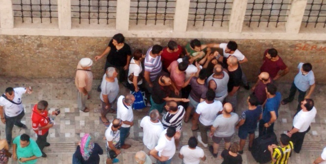 Taciz iddiasına sokakta linç girişimi
