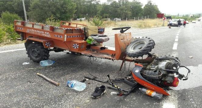Şaphanede çapa motoru devrildi: 3 yaralı
