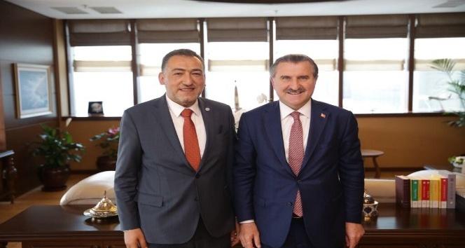 Mustafa Şükrü Nazlı: Gençlik ve Spor Bakanlığı, Kütahyaya 15 yılda 738 milyon TLlik yatırım gerçekleştirdi