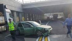 Otomobil ile çekici çarpıştı: 2 yaralı