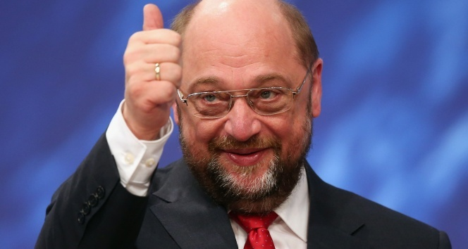 Martin Schulztan Türkiyeye küstah tehdit