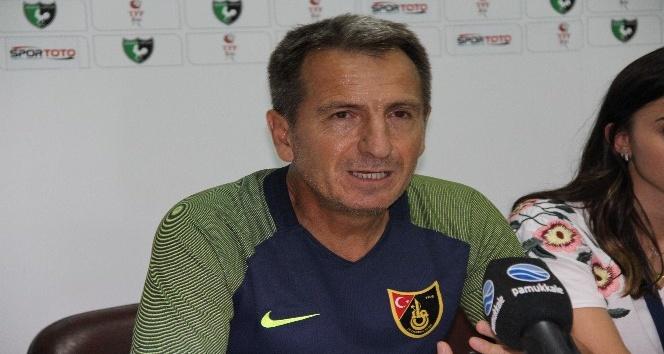 Denizlispor Teknik Direktörü Yusuf Şimşek: Önümüzdeki haftalarda telefi ederiz