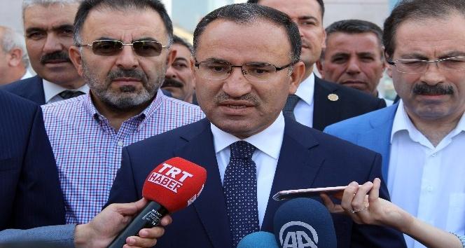 Hükümet Sözcüsü Bozdağ: Almanya PKK ve darbecileri himaye ediyor
