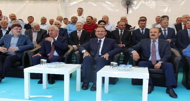 Bekir Bozdağ: Kılıçdaroğlu Cumhurbaşkanlığı adaylığına oynuyor