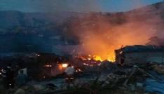 Erzincanda 11 ev ve 11 ahır kül oldu