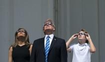 ABD Başkanı Trump, ailesiyle güneş tutulmasını izledi