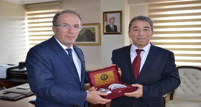 Emniyet Müdürü Aydoğdu'dan Rektör Uzun'a veda ziyareti