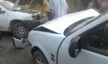 İki otomobil kafa kafaya çarpıştı: 5 yaralı |Malatya haberleri