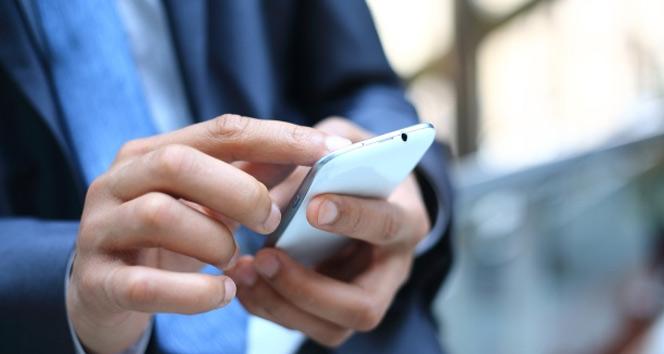 BTK'dan önemli uyarı: 'Arama tuşuna basar basmaz telefonu kulağınıza götürmeyin'